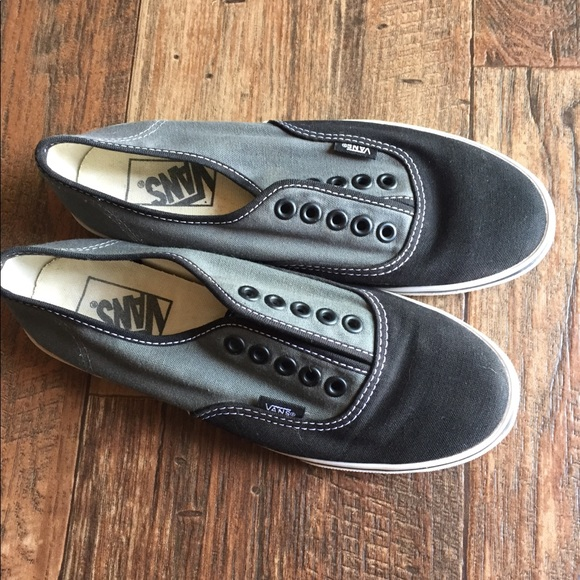 Vans 4.5 gray black shoe skater needs laces 4d79c31ea